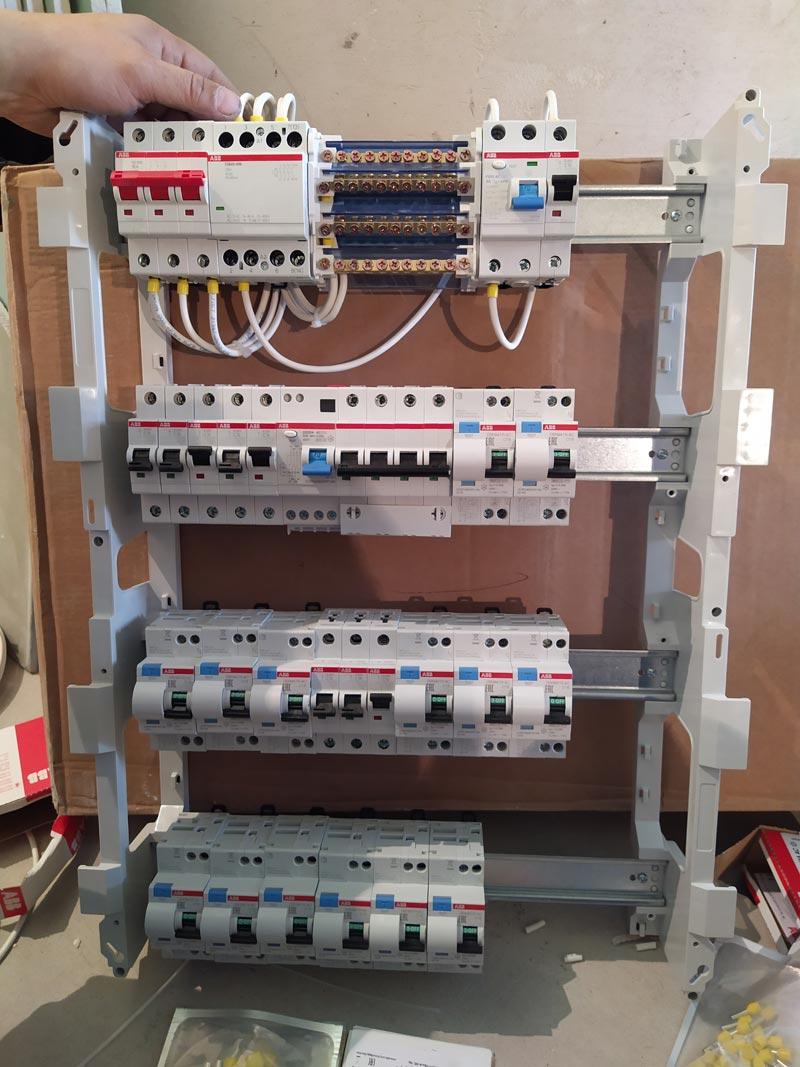 электрощит с автоматами ABB