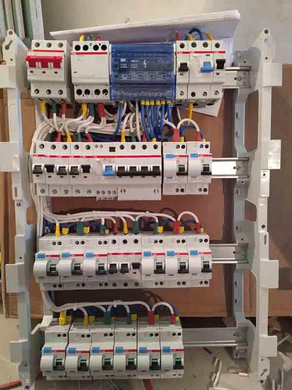 Выбор подрядчика для электромонтажных работ